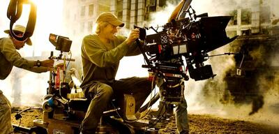 Michael Bay am Set von Transformers 4: Ära des Untergangs