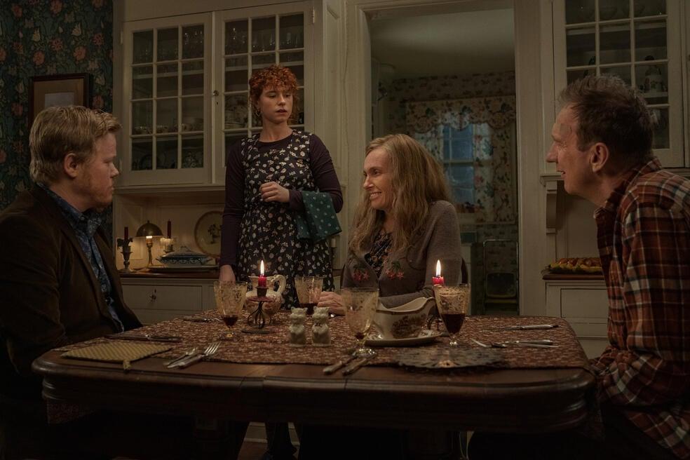 I'm Thinking of Ending Things mit Toni Collette, David Thewlis, Jesse Plemons und Jessie Buckley