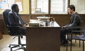 Tote Mädchen lügen nicht, Tote Mädchen lügen nicht Staffel 1 mit Dylan Minnette - Bild 3