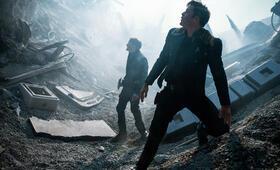 Star Trek Beyond mit Chris Pine und Anton Yelchin - Bild 6
