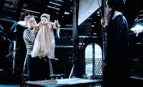 Die Addams Family in verrückter Tradition mit Christina Ricci und Jimmy Workman - Bild 11