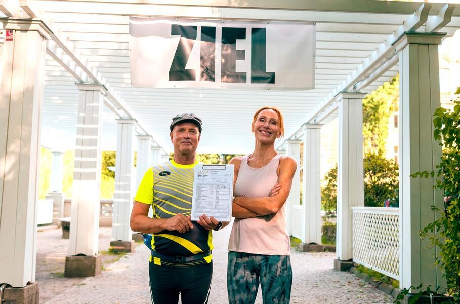 Sportabzeichen für Anfänger mit Christian Berkel und Andrea Sawatzki