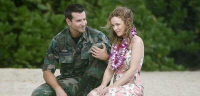 Bradley Cooper und Rachel McAdams in Aloha - Die Chance auf Glück