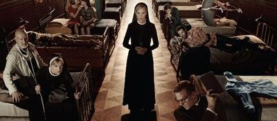 Staffel 2 von American Horror Story führte uns in die Irrenanstalt