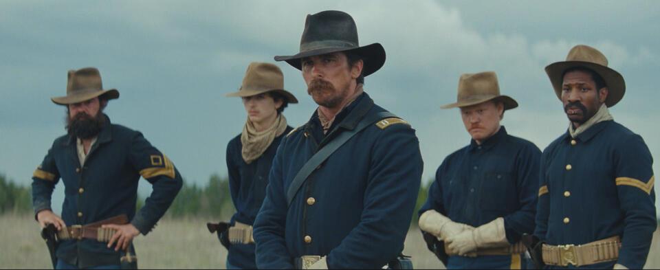 Hostiles mit Christian Bale, Jesse Plemons, Rory Cochrane, Timothée Chalamet und Jonathan  Majors