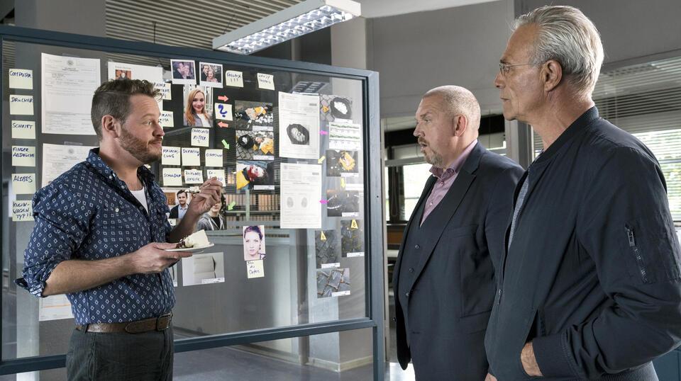 Tatort: Familien mit Dietmar Bär, Klaus J. Behrendt und Roland Riebeling