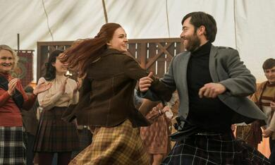 Outlander - Staffel 4 mit Sophie Skelton und Richard Rankin - Bild 9