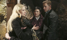 Once Upon a Time - Es war einmal ... Staffel 2 mit Jennifer Morrison - Bild 12