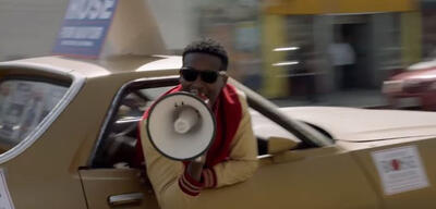 Brandon Micheal Hall ist The Mayor