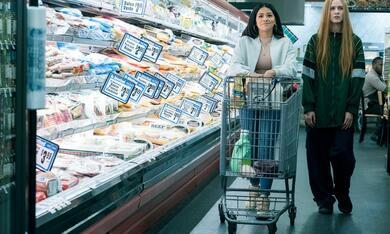 Kajillionaire mit Evan Rachel Wood und Gina Rodriguez - Bild 9