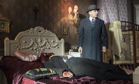 Kommissar Maigret: Die Nacht an der Kreuzung mit Rowan Atkinson - Bild 6