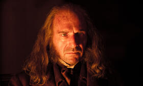Ralph Fiennes in Great Expectations - Bild 87