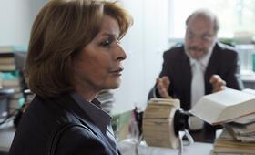 Unter Verdacht: Ein Richter mit Senta Berger - Bild 69