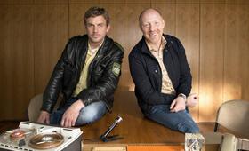 Grießnockerlaffäre mit Simon Schwarz und Sebastian Bezzel - Bild 1