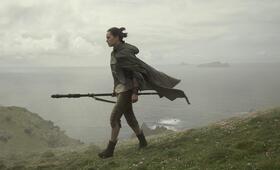 Star Wars: Episode VIII - Die letzten Jedi mit Daisy Ridley - Bild 21