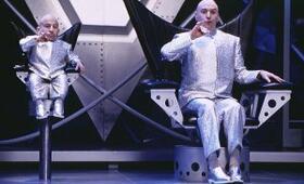 Austin Powers - Spion in geheimer Missionarsstellung mit Mike Myers und Verne Troyer - Bild 1