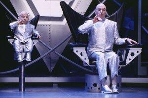 Austin Powers - Spion in geheimer Missionarsstellung mit Mike Myers und Verne Troyer