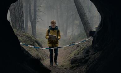 Dark, Dark - Staffel 1 mit Louis Hofmann - Bild 1