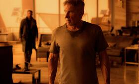 Blade Runner 2049 mit Ryan Gosling und Harrison Ford - Bild 70