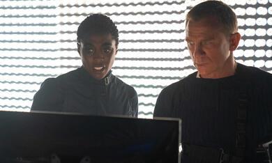 James Bond 007 - Keine Zeit zu sterben mit Daniel Craig und Lashana Lynch - Bild 7