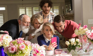 Dirty Grandpa mit Julianne Hough, Dermot Mulroney und Catherine Dyer - Bild 2