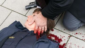 Der Staatsfeind: Roberts Kollegin wird angeschossen