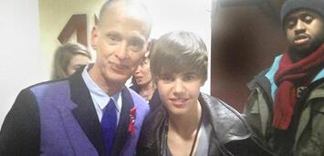 Bild zu:  John Waters mit Justin Bieber