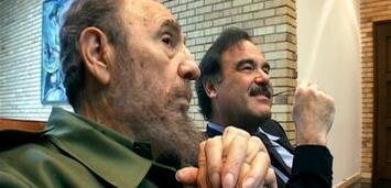 Bild zu:  Oliver Stone mir Fidel Castro in Comandante