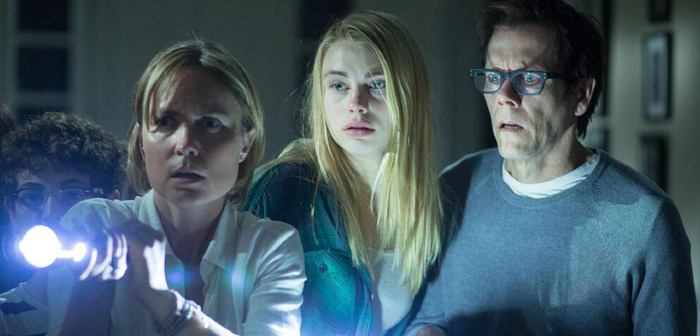 The Darkness mit Kevin Bacon, Radha Mitchell