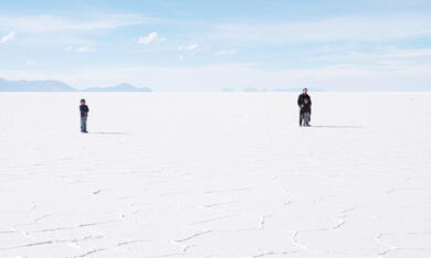 Salt and Fire - Bild 3