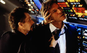 Air Force One mit Gary Oldman und Harrison Ford - Bild 20