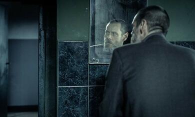 Dark Crimes mit Jim Carrey - Bild 5