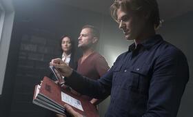 MacGyver, MacGyver Staffel 1 mit Lucas Till - Bild 21