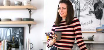 Bild zu:  Anne Hathaway in Man lernt nie aus