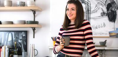 Anne Hathaway in Man lernt nie aus