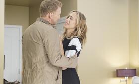 Grey's Anatomy - Staffel 16, Grey's Anatomy - Staffel 16 Episode 1 mit Kevin McKidd und Kim Raver - Bild 5