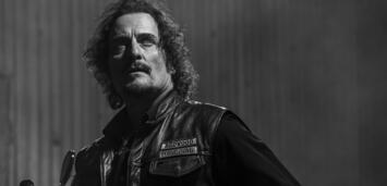 Bild zu:  Kim Coates als Alex 'Tig' Trager in Sons of Anarchy