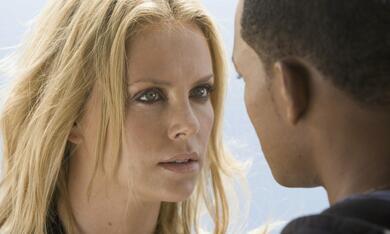Hancock mit Will Smith und Charlize Theron - Bild 11