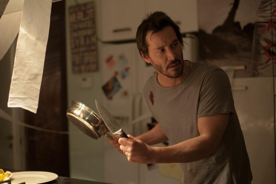 Knock Knock mit Keanu Reeves