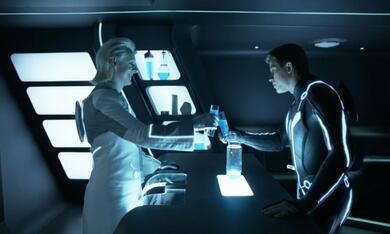 Tron Legacy mit Michael Sheen und Garrett Hedlund - Bild 7