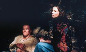 Collateral Damage mit Arnold Schwarzenegger und Francesca Neri - Bild 162