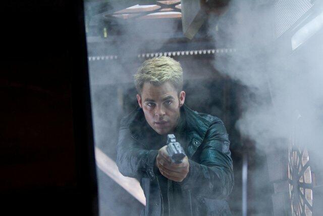 Star Trek Into Darkness mit Chris Pine