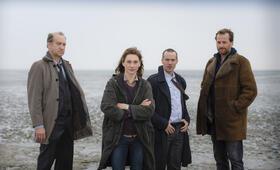 Ostfriesenkiller mit Christiane Paul, Peter Heinrich Brix, Barnaby Metschurat und Christian Erdmann - Bild 3