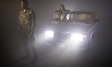 The Mist, The Mist Staffel 1 mit Danica Curcic und Okezie Morro - Bild 6