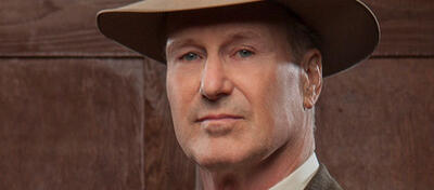 William Hurt als Frank Hamer in der Mini-Serie Bonnie and Clyde