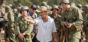 Bild zu:  Mel Gibson am Set von Hacksaw Ridge