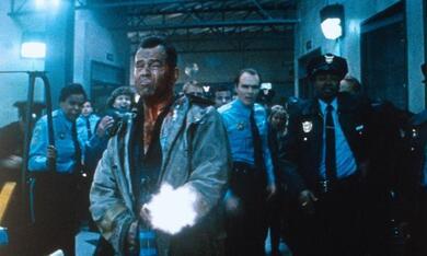 Stirb langsam 2 mit Bruce Willis - Bild 8