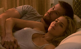 Operation: 12 Strong mit Chris Hemsworth und Elsa Pataky - Bild 1