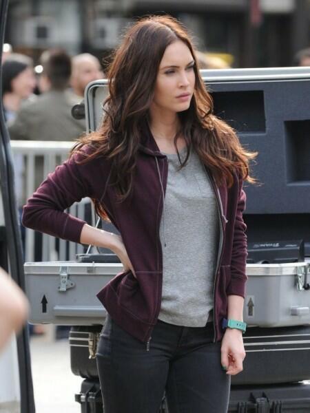 Megan Fox Als Flummi Am Set Von Teenage Mutant Ninja Turtles Bild