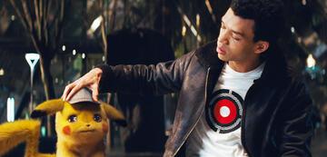Ein emotionaler Moment zwischen Tim Goodman und Pikachu.